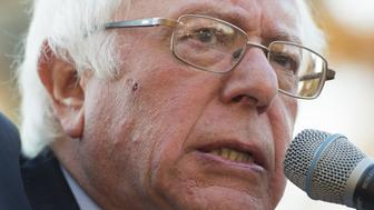 US Senator Bernie Sanders(I-VT), speaks during a rally to stop the Trans-Pacific Partnership (TPP) origanized by National Nurses United and the People for Bernie Sanders, on Capitol Hill in Washington, DC, November 17, 2016. / AFP / SAUL LOEB        (Photo credit should read SAUL LOEB/AFP/Getty Images)
