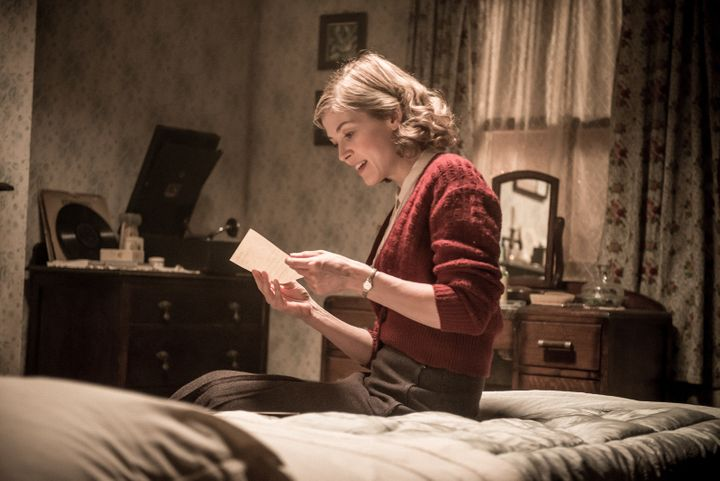 Rosamund Pike is good at reading letters.