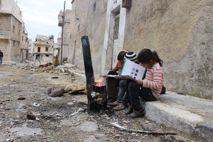 UNICEF-supported volunteers are going door-to-door to talk to children, adolescents and parents about the risk of remnants of