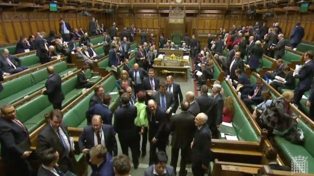 Government Defeats Attempt To Give MPs A Vote On Draft Brexit