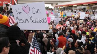Thousands of people attend an anti-Donald Trump travel ban protest outside Hatfield-Jackson Atlanta International Airport in Atlanta, Georgia U.S., January 29, 2017. REUTERS/Chris Aluka Berry