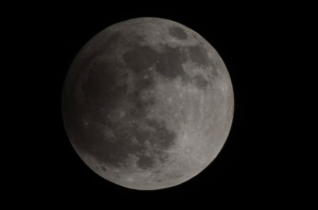 How To Watch The Lunar Eclipse 2017, Snow Moon And New Year Comet On The Same