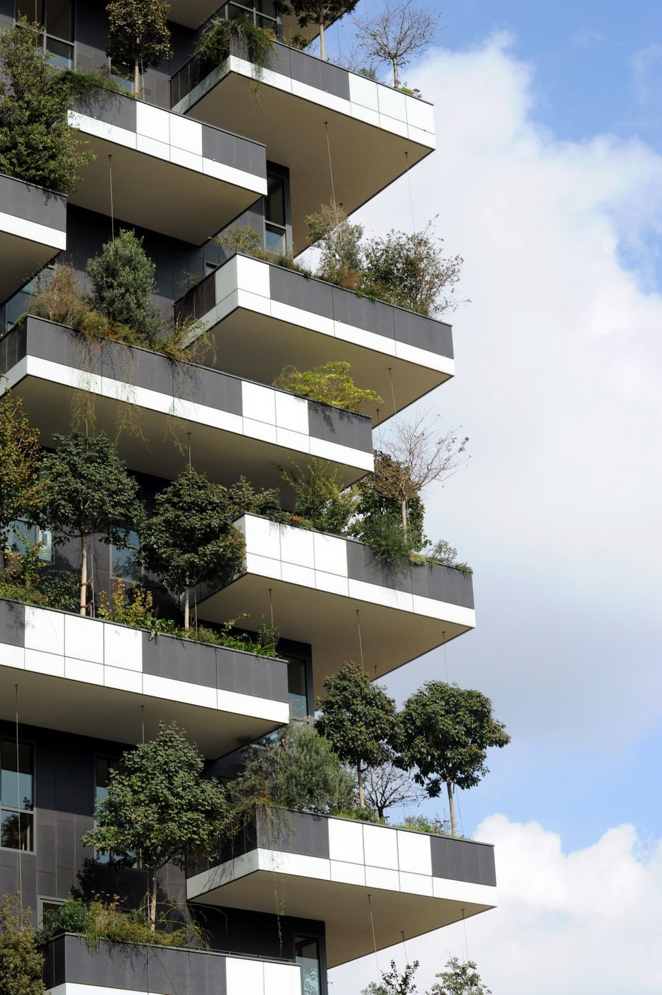 This Incredible Skyscraper Is Actually A Vertical