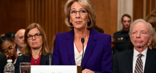 Education Secretary Betsy Devos Is >> 4 Reasons New Education Secretary Betsy Devos Is So Controversial