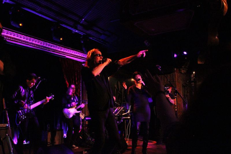 Rundgren and band perform in New York at recent Spirit of Harmony fundraiser