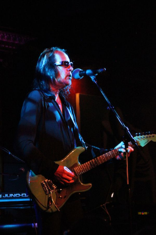Rundgren performs in New York at recent Spirit of Harmony fundraiser