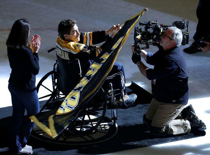 Jake Gyllenhaal films a scene portraying Jeff Bauman.