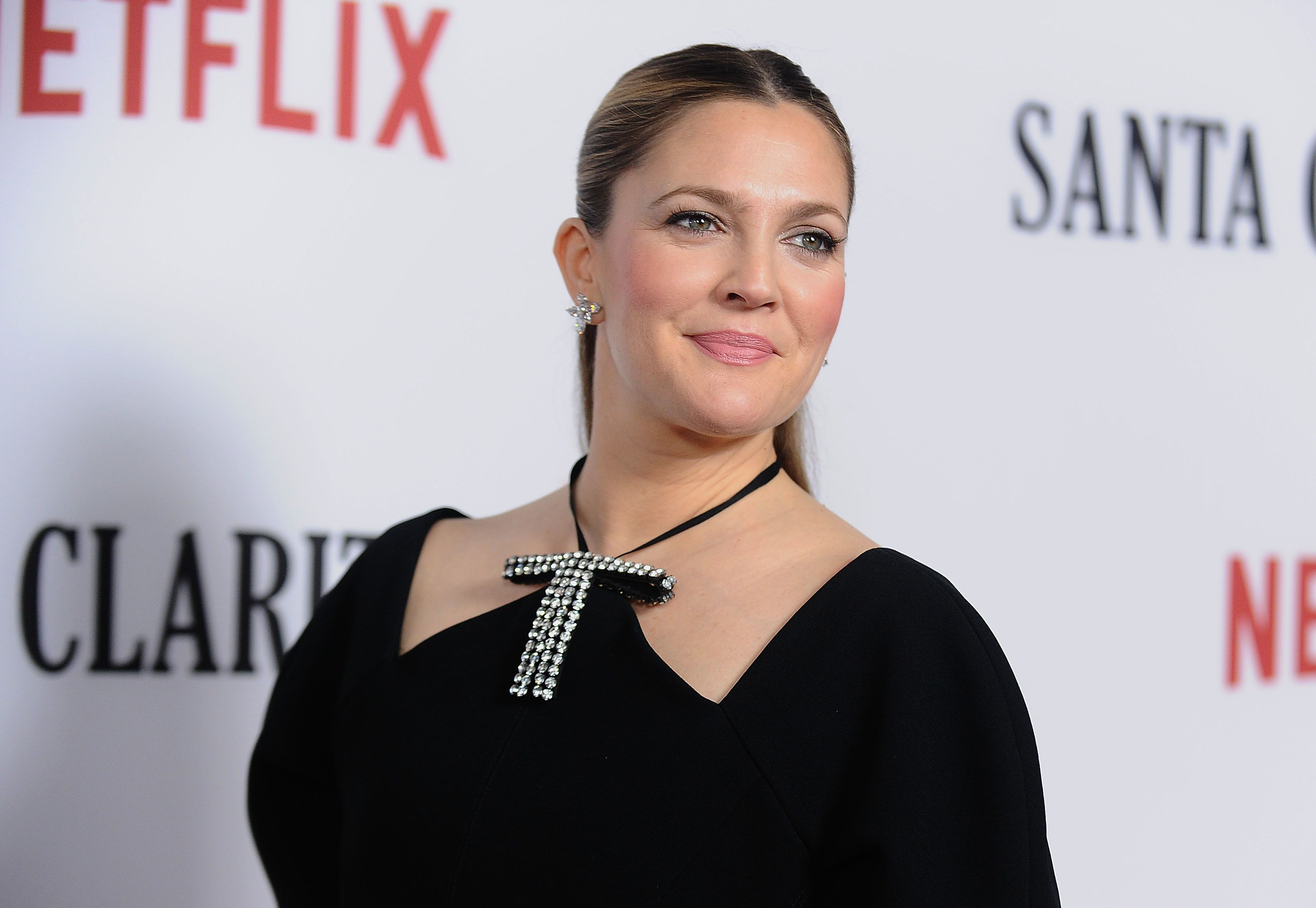 HOLLYWOOD, CA - FEBRUARY 01:  Actress Drew Barrymore attends the premiere of 'Santa Clarita Diet' at ArcLight Cinemas Cinerama Dome on February 1, 2017 in Hollywood, California.  (Photo by Jason LaVeris/FilmMagic)