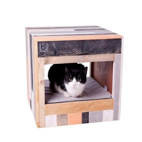 If your taste leans more shabby chic, then this is the cat bed of your dreams. What's more, you'll never lose you