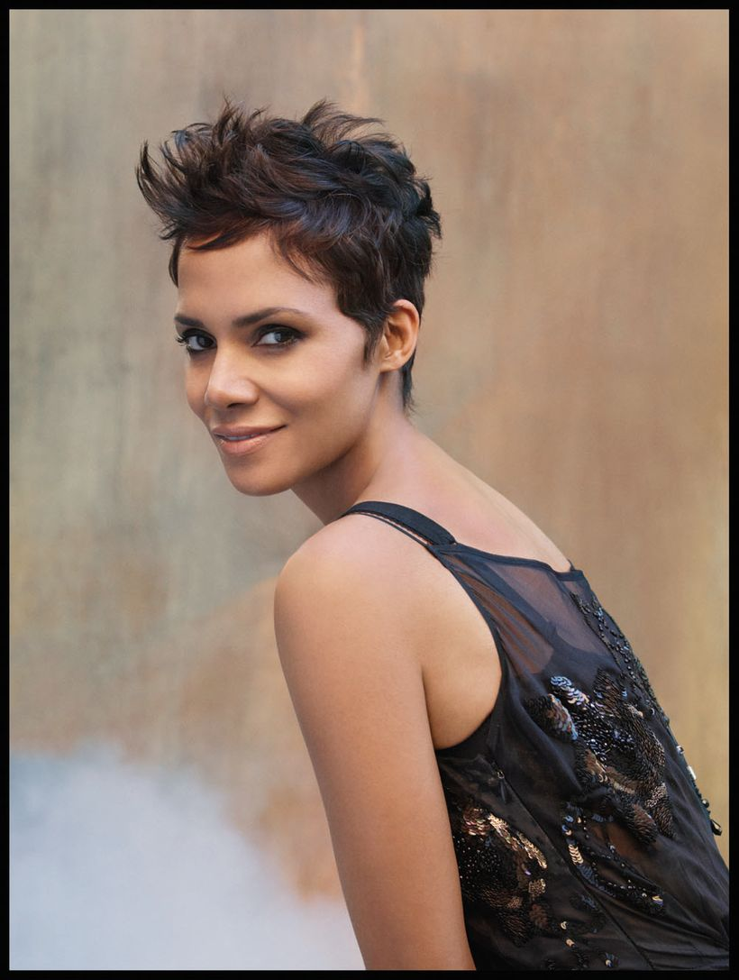 Hollywood beauty, Halle Berry will be a Keynote speaker for Saturday's City Summit Business Conference in Los Angeles.