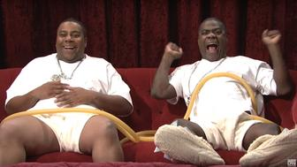 Kenan Thompson and Tracy Morgan star as Beyonces unborn twins on SNL