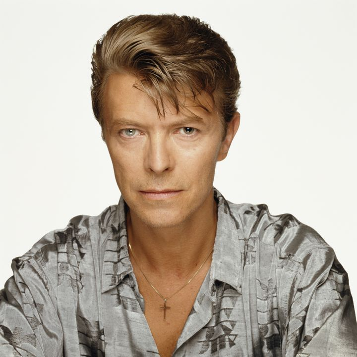 ¿Cuánto mide David Bowie? - Altura - Real height 58a110d4290000f616f25eb7