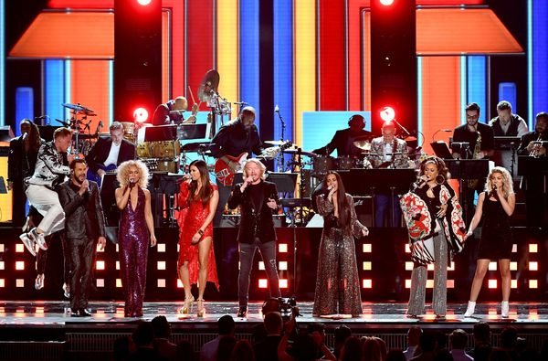 Recording artists Jimi Westbrook, Kimberly Schlapman, Karen Fairchild, and Philip Sweet of music group Little Big Town, and r