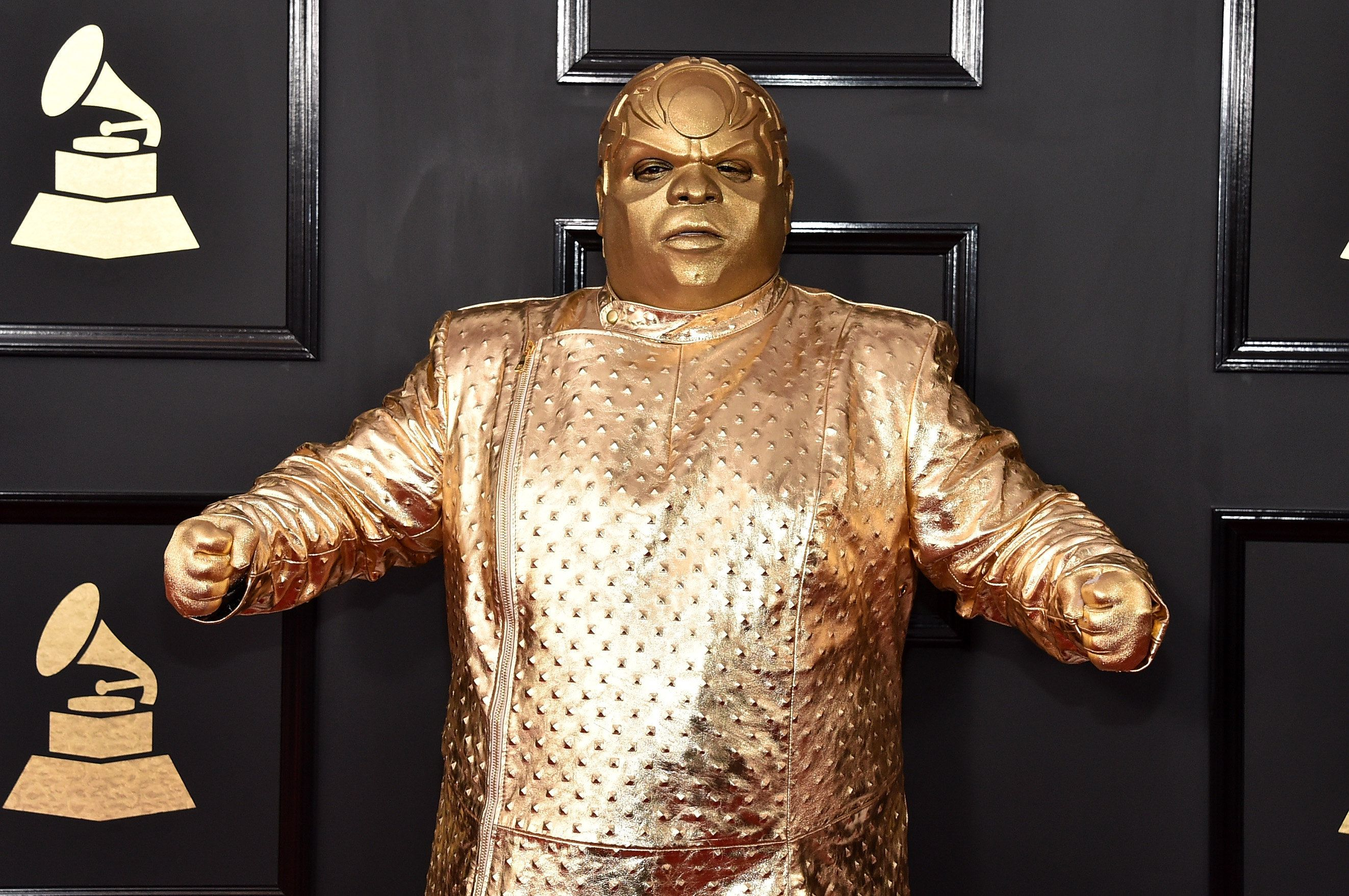 58a1cbe2250000b54d0b8a1d?ops=scalefit_720_noupscale ceelo green's grammys outfit got meme'd faster than you can say