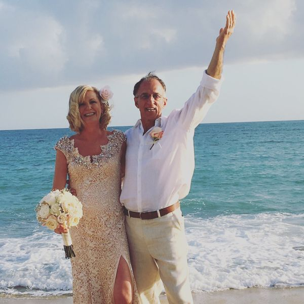 """Nora Martin and Rick Testa escaped the New England blizzards and eloped in Vieques, Puerto Rico, on Thursday."" --"