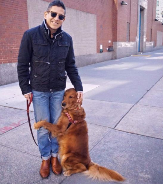 Affectionate Dog Gives 'Hugs' To Strangers She Meets Around New
