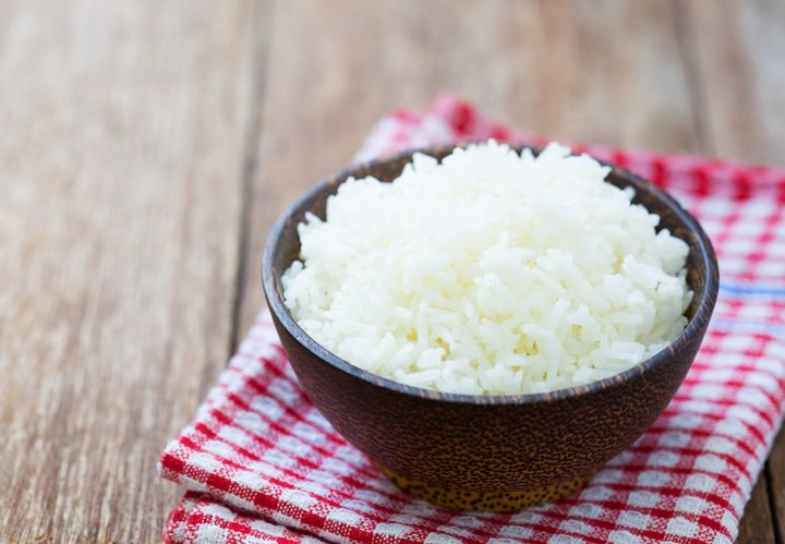 A bowl of cooked white rice.