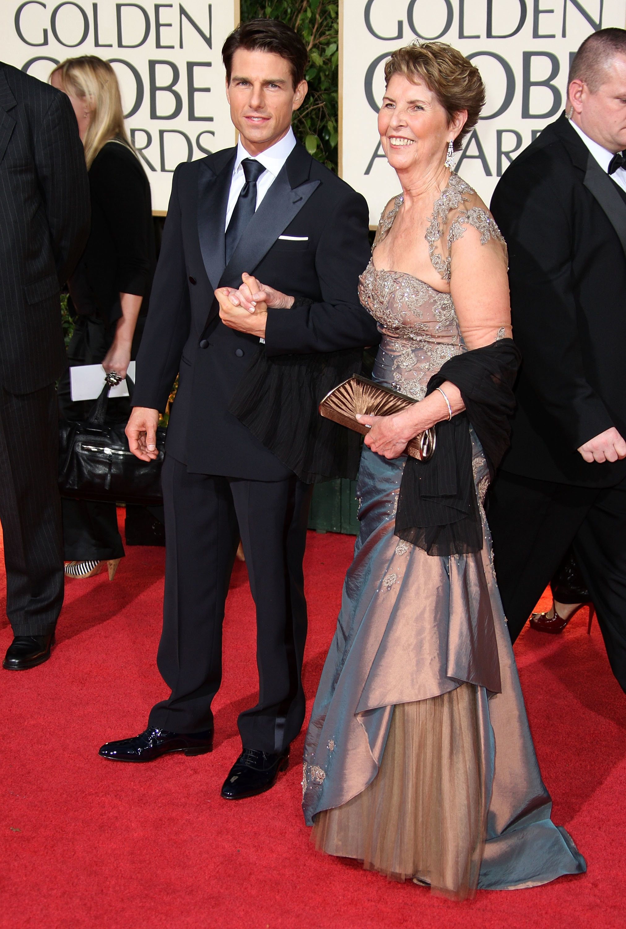 Tom Cruise and his mother attend the66th Annual Golden Globe Awards in 2009.