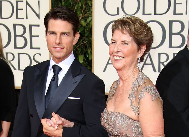 Tom Cruise and his mother attend the 66th Annual Golden Globe Awards in 2009.
