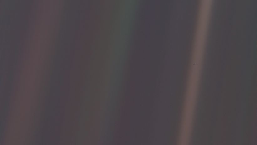 Pale Blue Dot - high resolution photo of the earth from outside our solar system