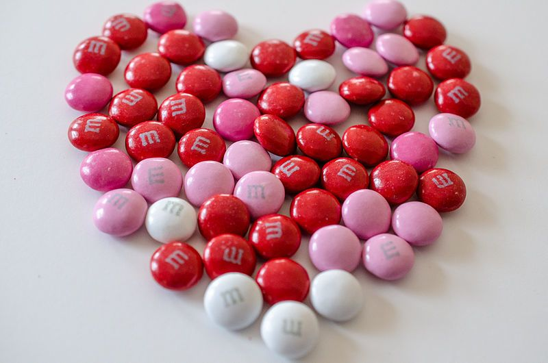"<a rel=""nofollow"" href=""https://www.flickr.com/photos/39908901@N06/8418026760/"" target=""_blank"">Valentine&#39;s day m&amp;ms"