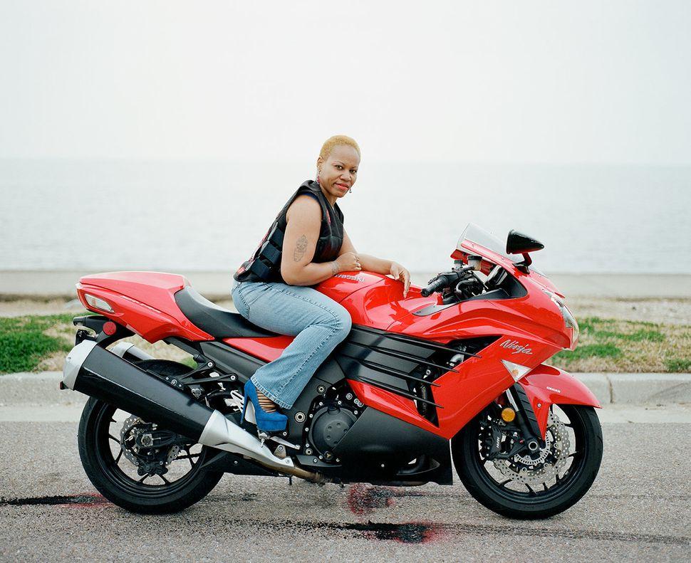 粉红女郎摩托车俱乐部 - wuwei1101 - 西花社