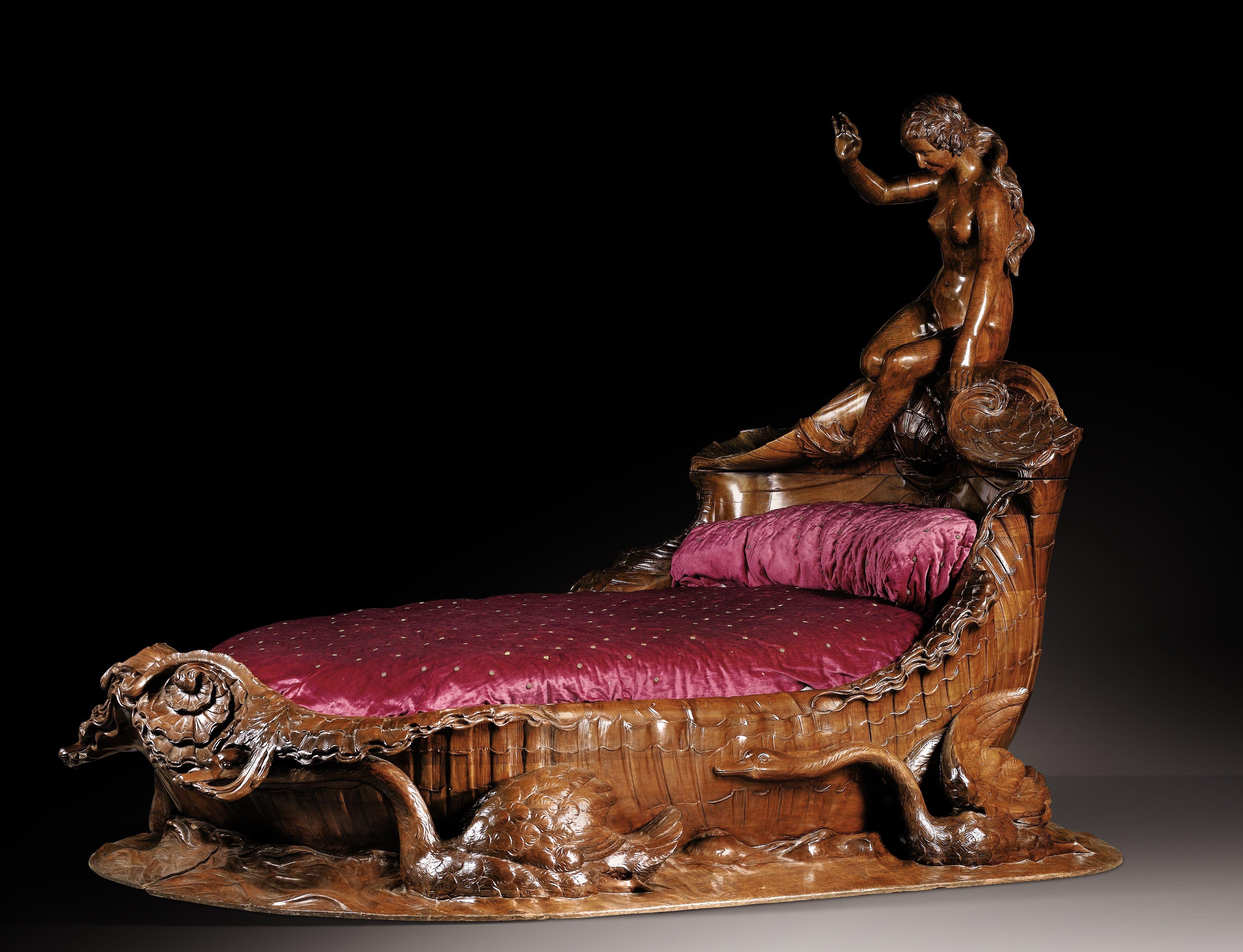 эротика с мебелью