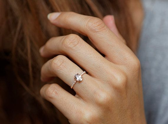 15 Perfectly Delicate Engagement Rings For The Low Key Bride