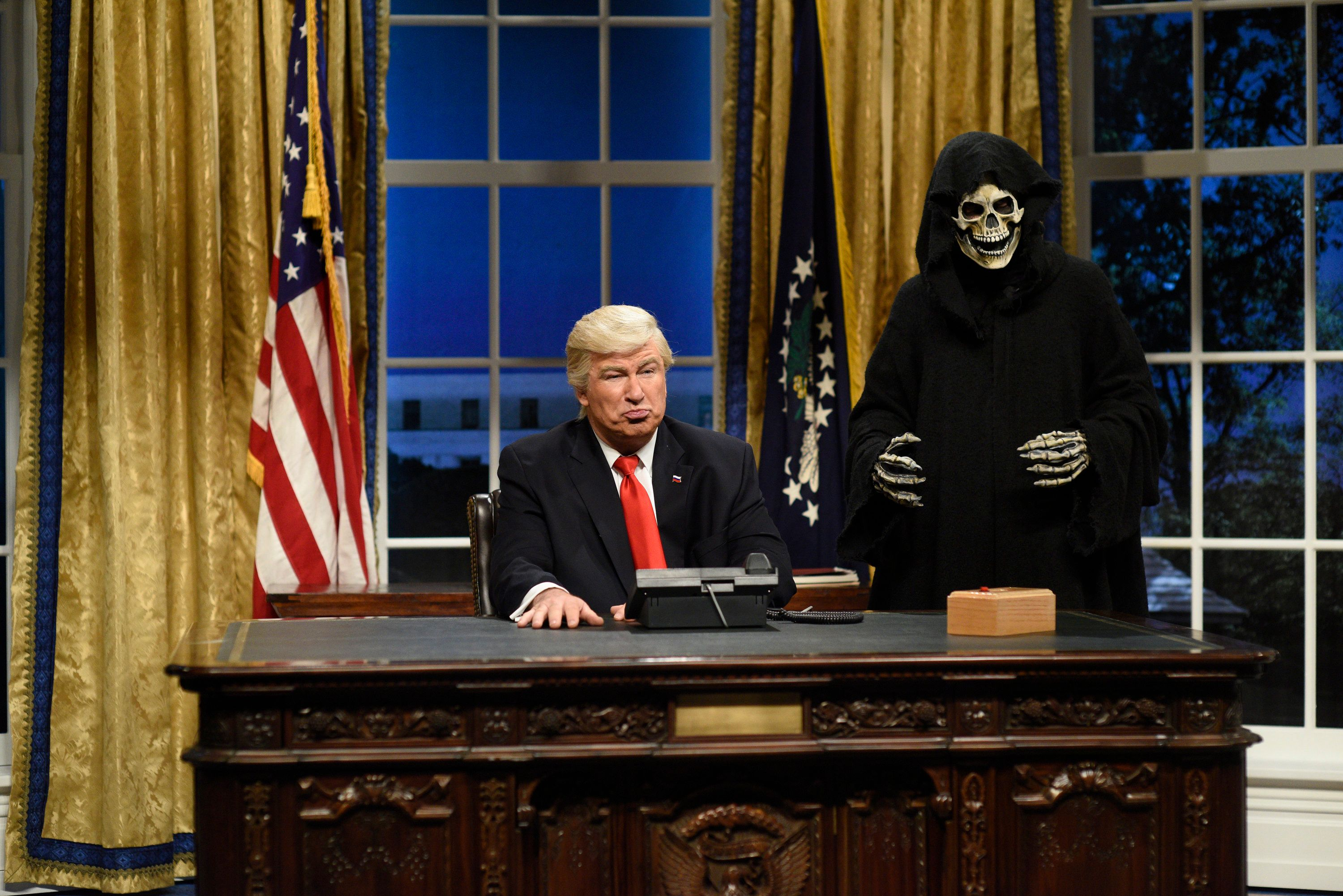 SATURDAY NIGHT LIVE -- 'Kristen Stewart' Episode 1717 -- Pictured: (l-r) Alec Baldwin as President Donald J. Trump, Mikey Day as advisor Steve Bannon during the Oval Office Cold Open on February 4th, 2017 -- (Photo by: Will Heath/NBC/NBCU Photo Bank via Getty Images)