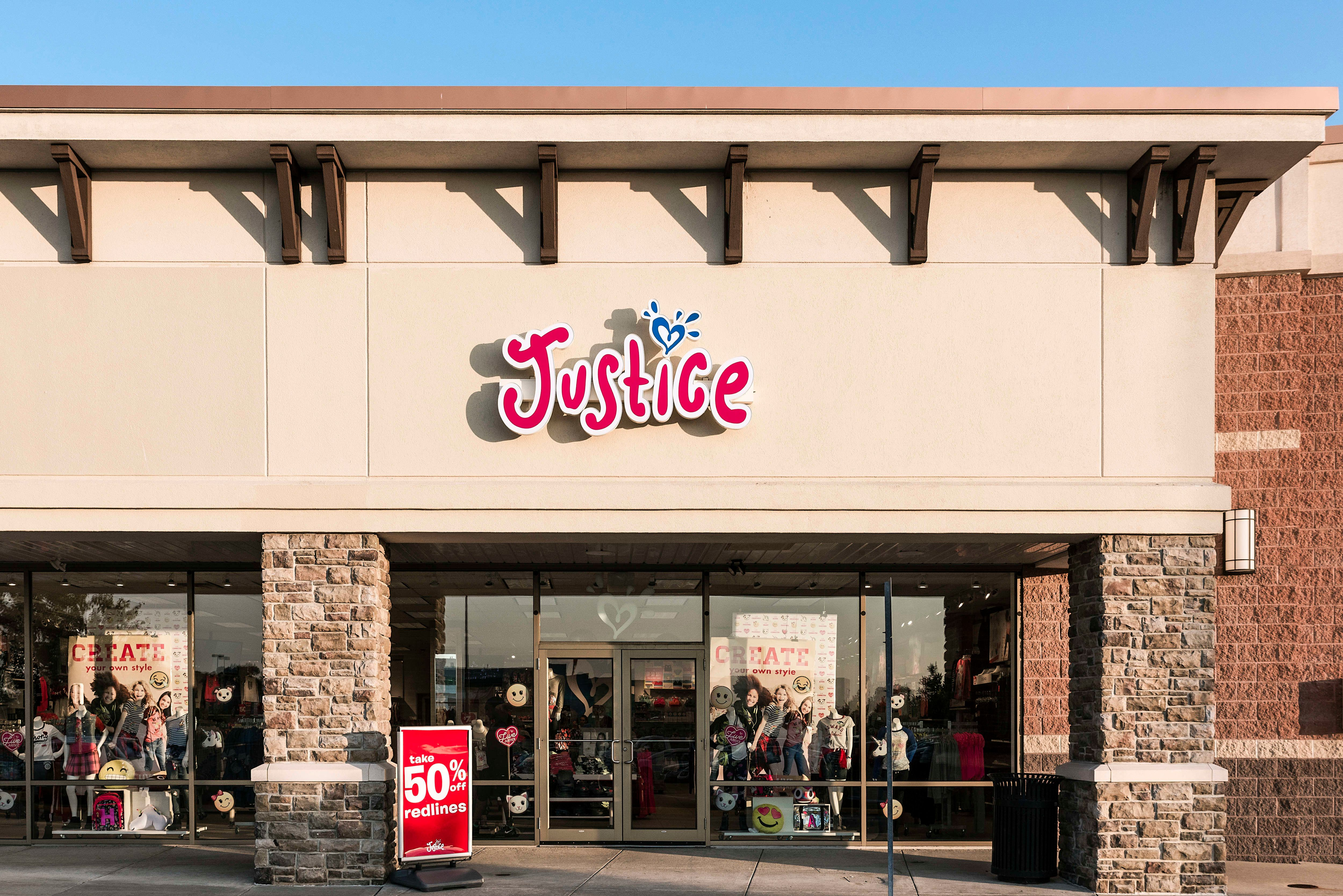 Justice is a tween specialty retailer with over 900 locations around the world.