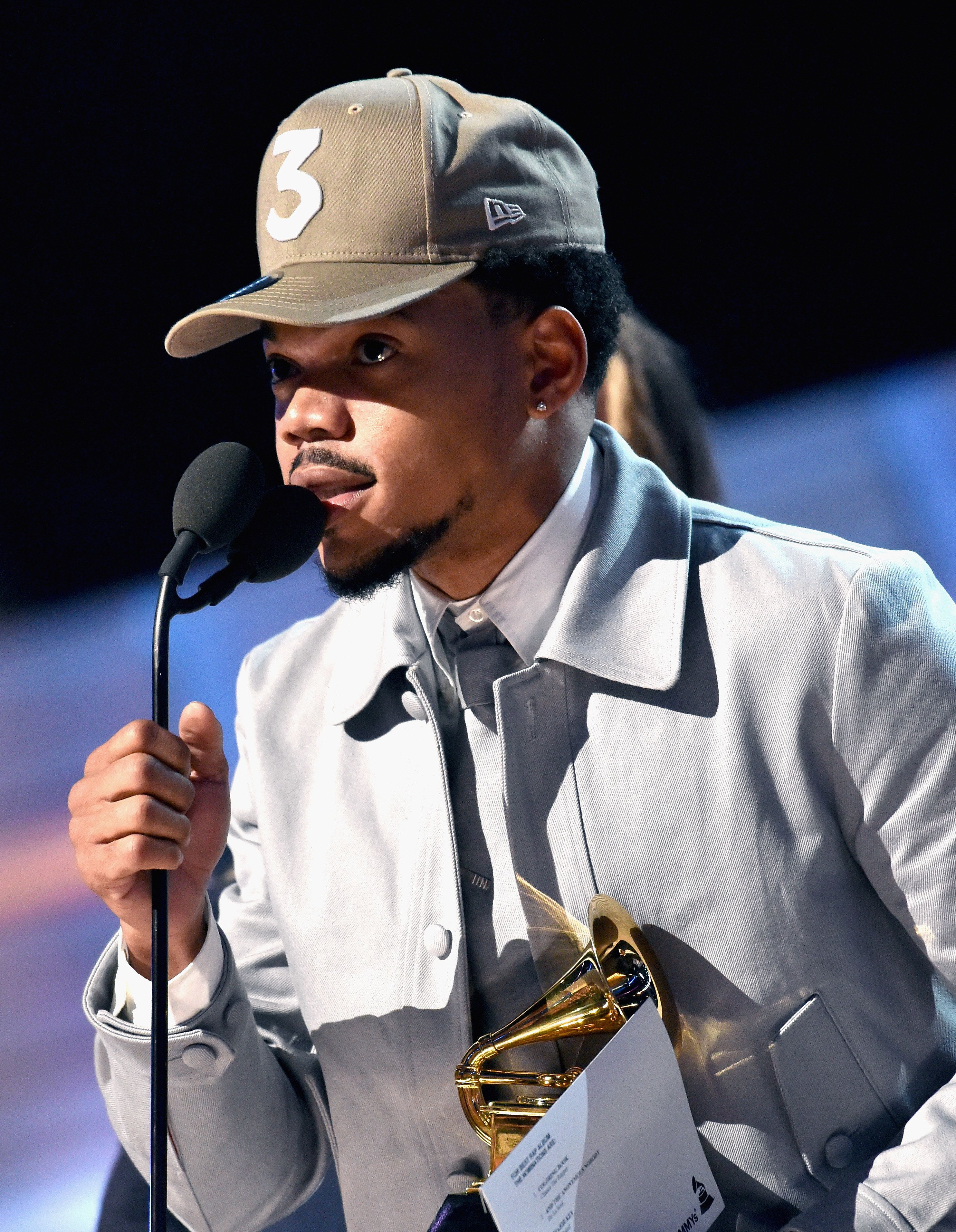 LOS ANGELES, CA - FEBRUARY 12:  Hip-hop artist Chance the Rapper accepts the award for Best New Artist onstage during The 59th GRAMMY Awards at STAPLES Center on February 12, 2017 in Los Angeles, California.  (Photo by Lester Cohen/Getty Images for NARAS)