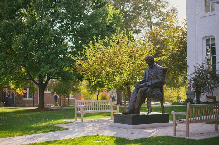 <p>Lincoln Statue at Gettysburg College.</p>
