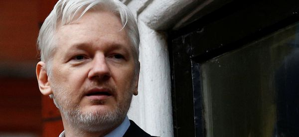 Ecuador's Conservative Opposition Candidate Vows To Oust Assange From London Embassy