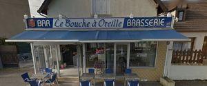 LE BOUCHE A OREILLES