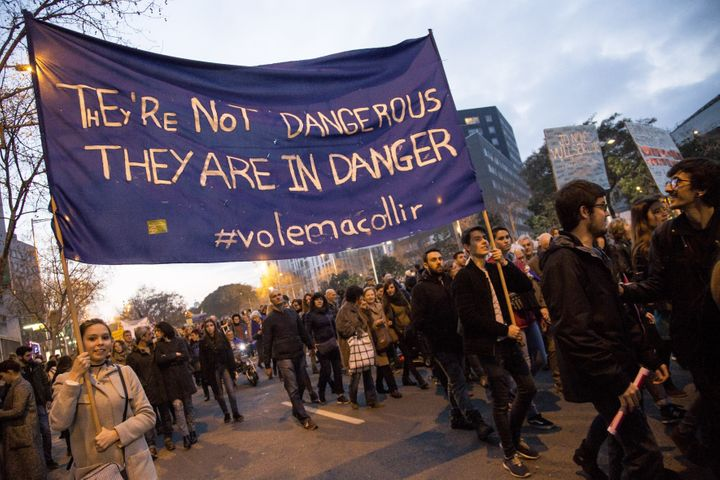 Activists demonstrate in support of refugees and the opening of borders, under the slogan in Barcelona on Saturday.