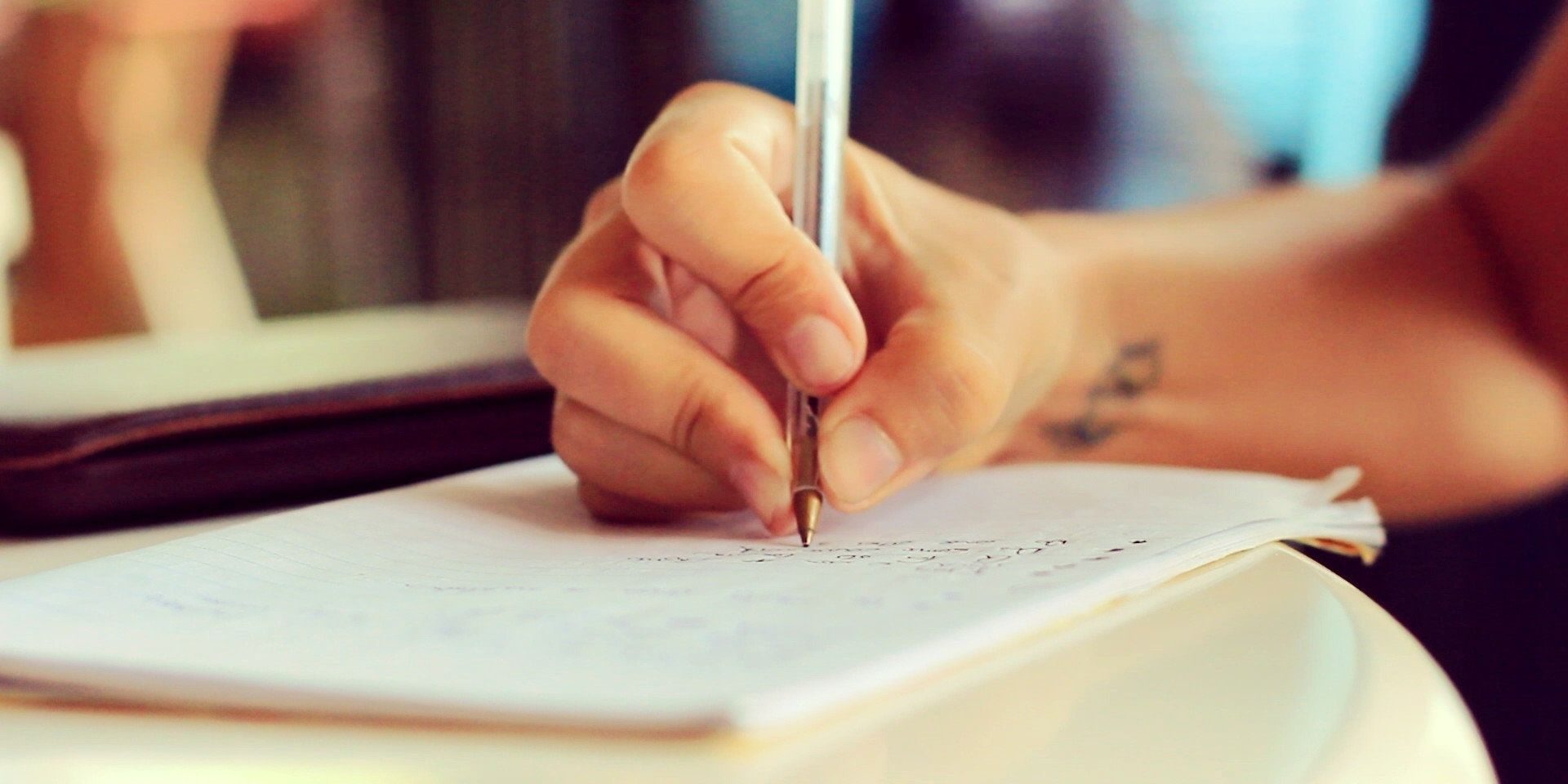 Ever Wondered Why You Are Left Or Right Handed? It Is Nothing To Do With Your