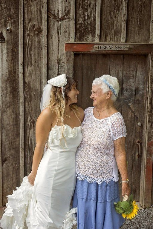 92-Year-Old Bridesmaid Brings All The Joy To Her Granddaughter's