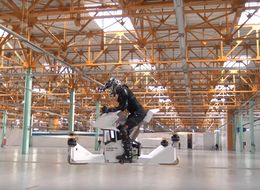This Hoverbike Is A Horrific Injury Just Waiting To Happen