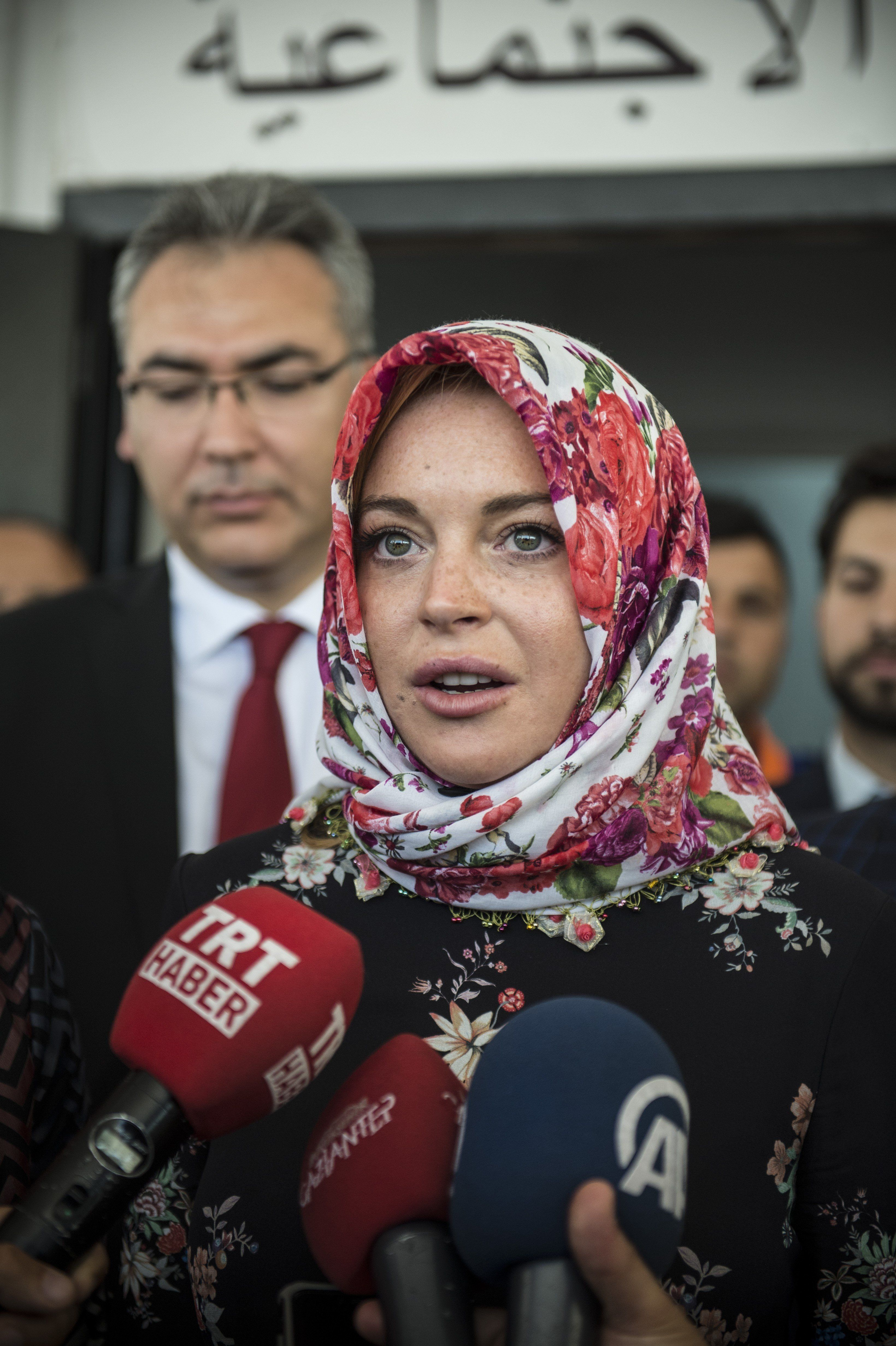 Lindsay Lohan speaks with press after visiting Syrian refugees in Turkey.