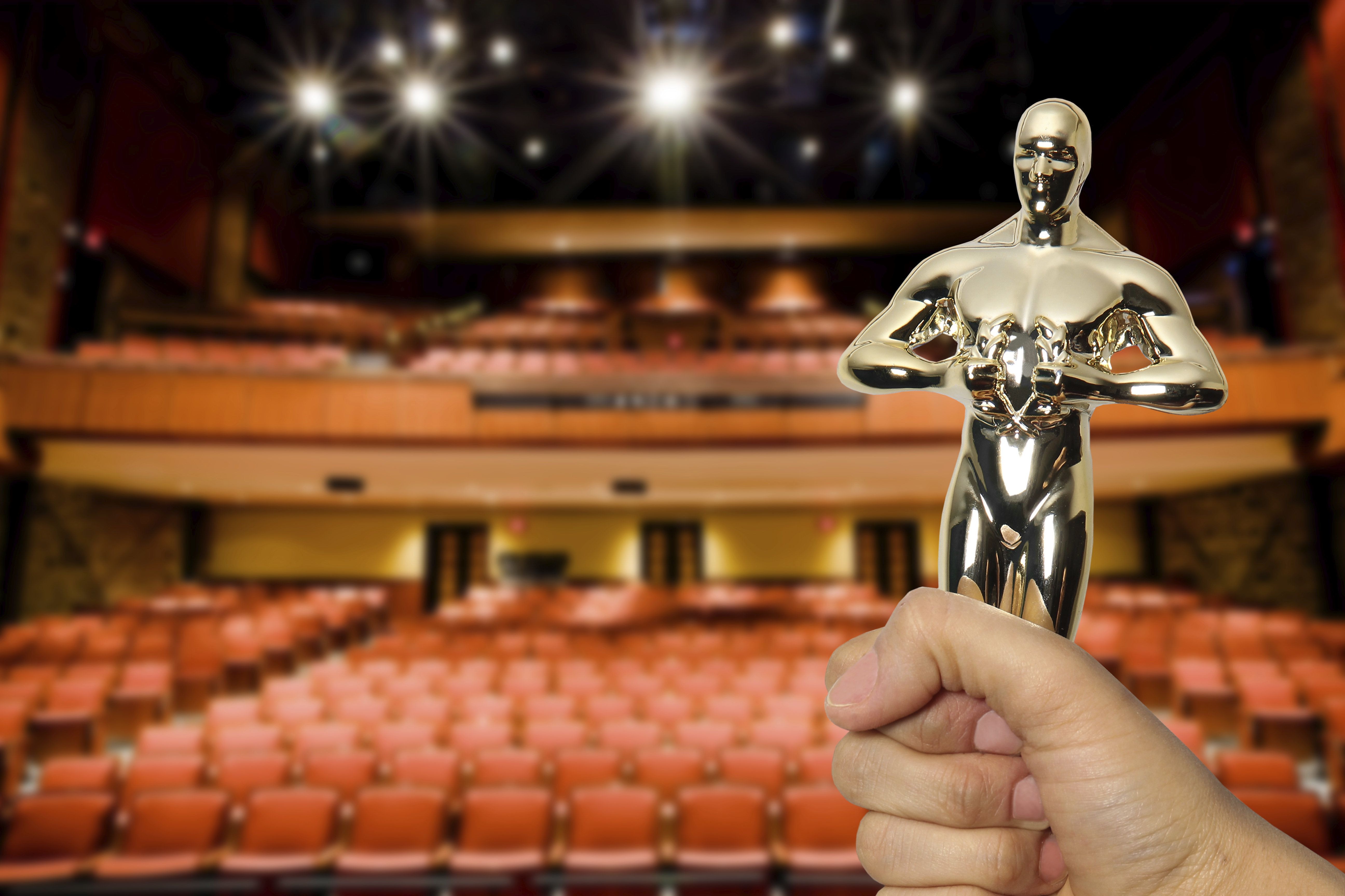 The 'Oscars' Gift Bag Is Absolutely Bonkers, And It Comes With A ...