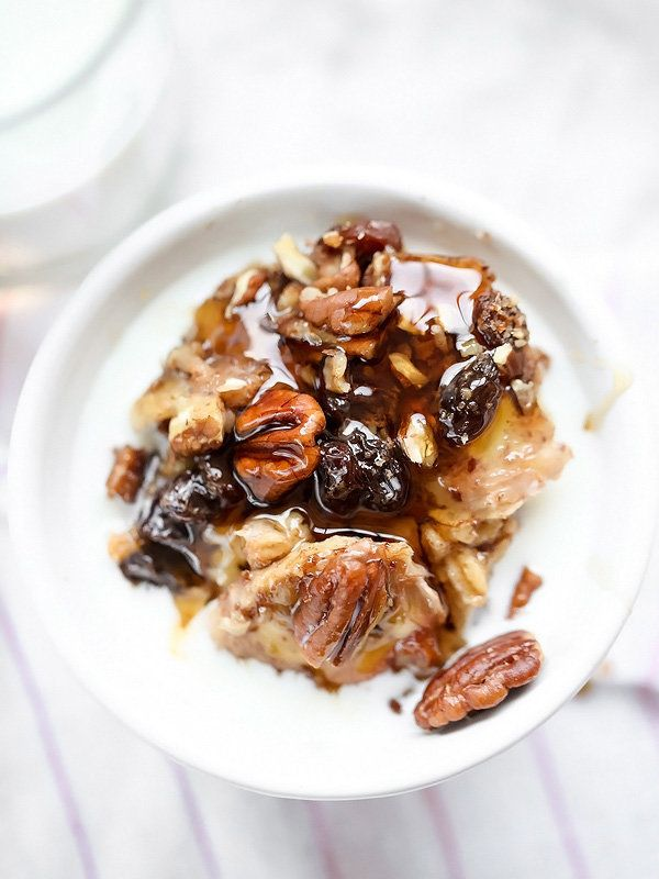 """<strong>Get the <a href=""""http://www.foodiecrush.com/2015/01/slow-cooker-baked-oatmeal-with-bananas-and-nuts/"""" target=""""_blank"""""""