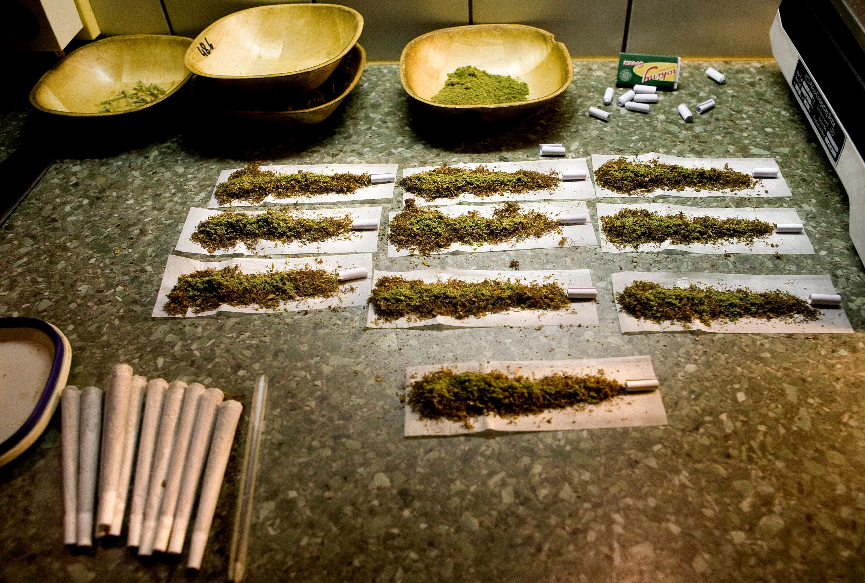 "Joints containing weed are seen at a coffee shop in the southern Dutch city of Bergen op Zoom November 18, 2008. Dutch cities will on November 21, 2008 exchange experiences and information at a ""weed summit"" in Almere and discuss the soft drugs policy and its consequences.  Bergen op Zoom may be the first Dutch city to shut coffee shops serving marijuana in February 2009. REUTERS/Jerry Lampen   (NETHERLANDS)"