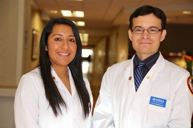 Belsy Garcia Manrique (left) and Cesar Montelongo are classmates at the Loyola University Chicago Stritch School of Medicine.