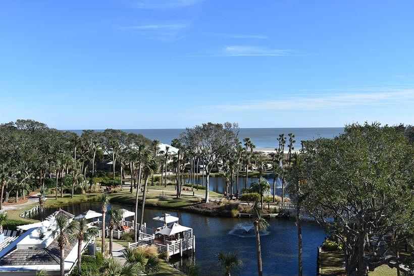 "<a rel=""nofollow"" href=""https://www.sonesta.com/us/south-carolina/hilton-head-island/sonesta-resort-hilton-head-island/offers"