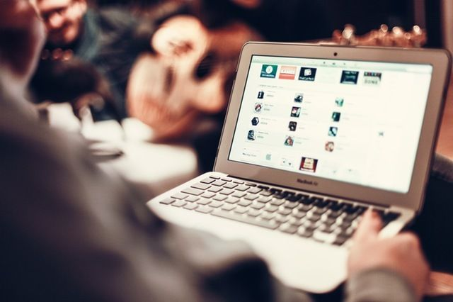 How does online dating affect self esteem