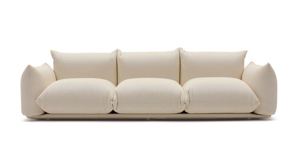 "<strong>Marenco sofa, price upon request, from <a href=""http://www.arflex.it/en/prodotti/divani/155/marenco/page"" target=""_bl"