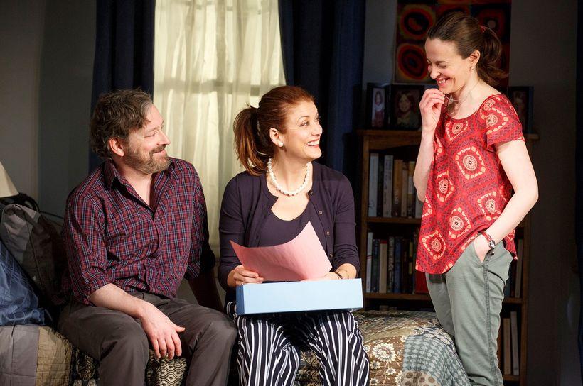 Jeremy Shamos, Kate Walsh and Maria Dizzia in <em>If I Forget</em>