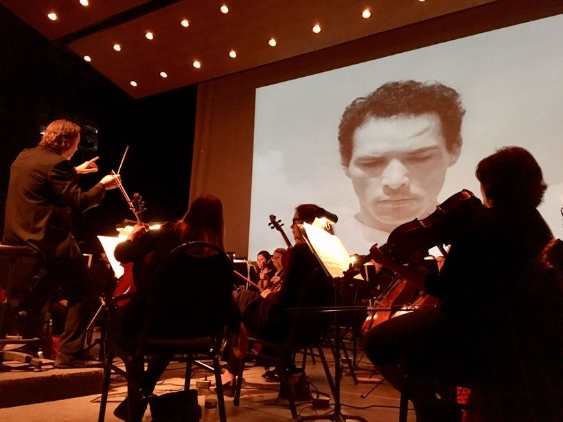 The El Paso Symphony Orchestra performs the score of iconic Mexican film <em>Redes,</em> during <em>Music Unwound</em> festiv