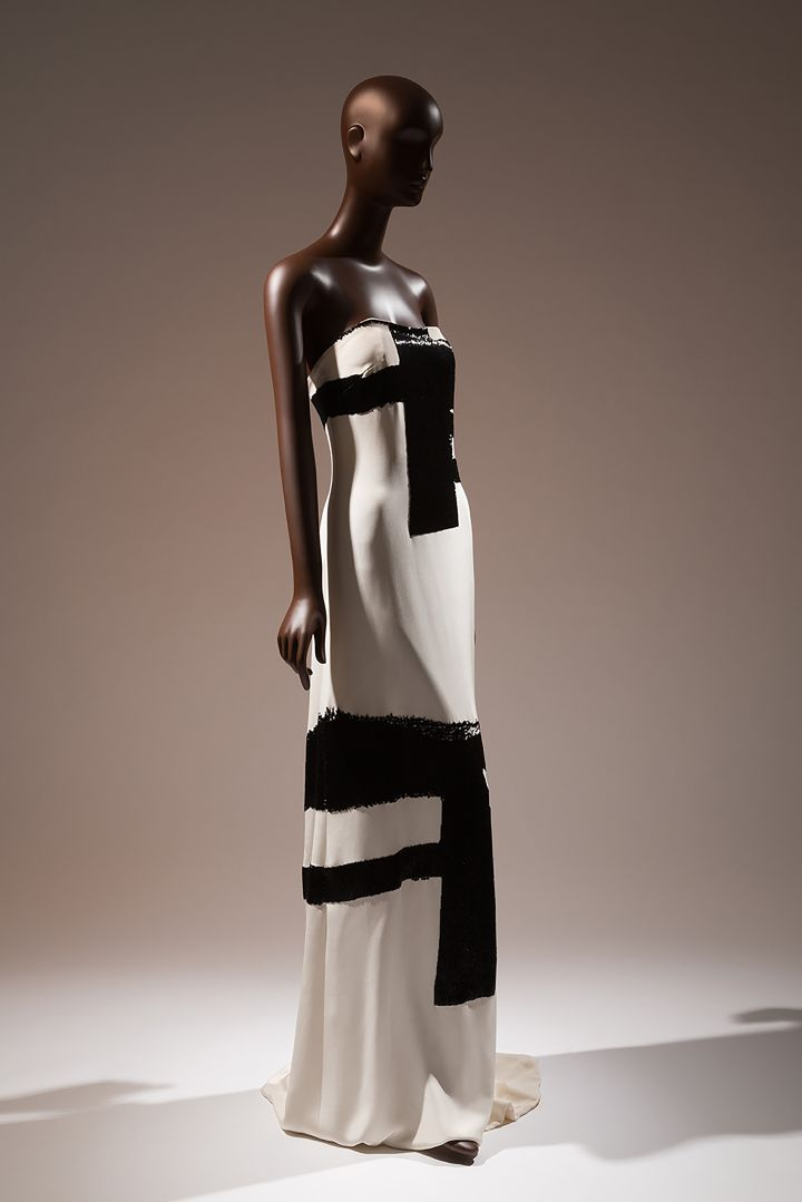<p>Eric Gaskins evening gown with crushed bugle beaded details simulating the brush strokes of Franz Kline </p>