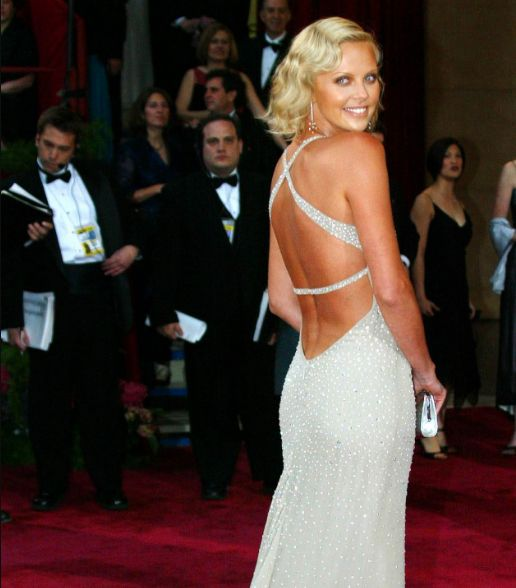Here Are The 10 Most Iconic Oscars Dresses Of All
